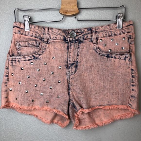 Pants - JOLT Distressed Studded Denim Shorts NWOT